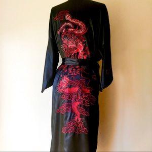 Beautiful asian embroidered kimono